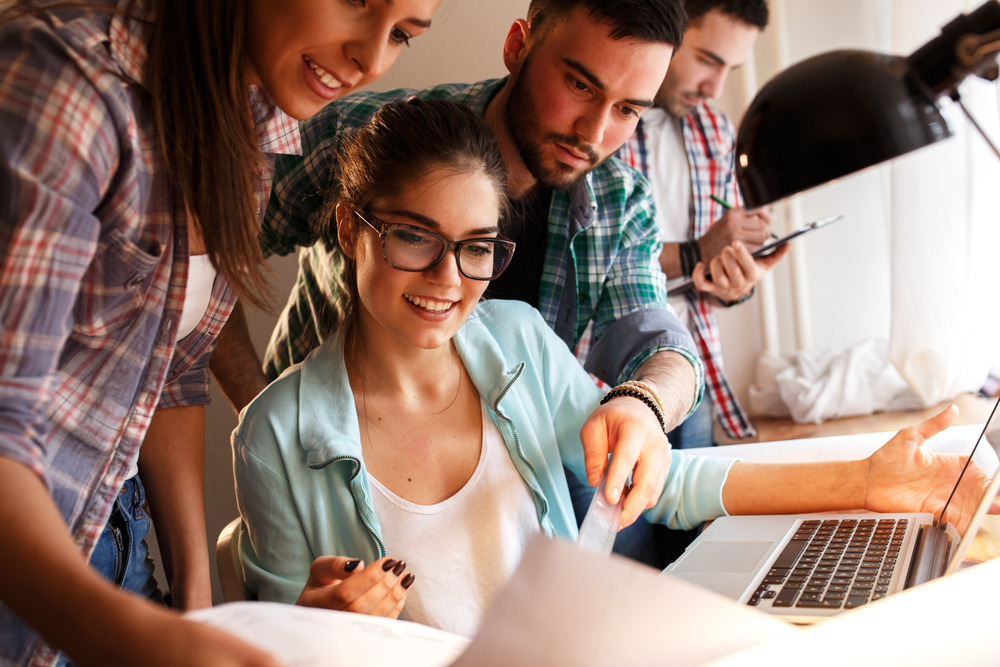 Pros and Cons of Having Millennials As Managers