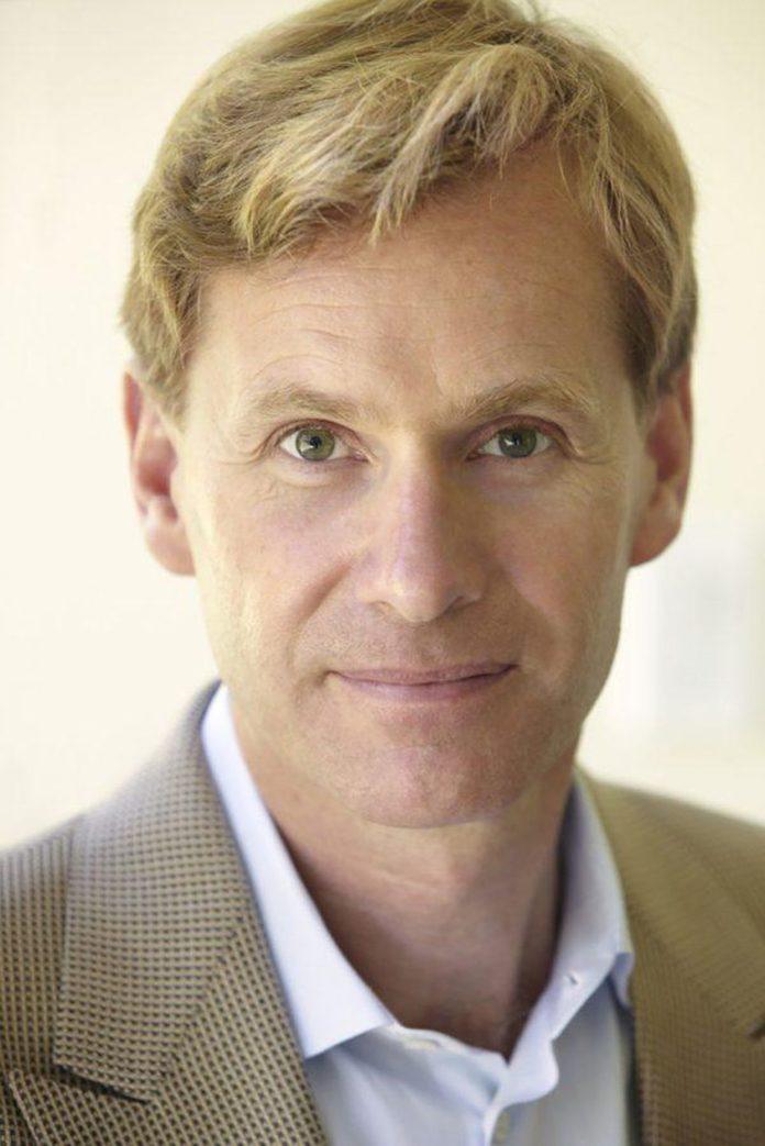 Dr. Morten Hansen